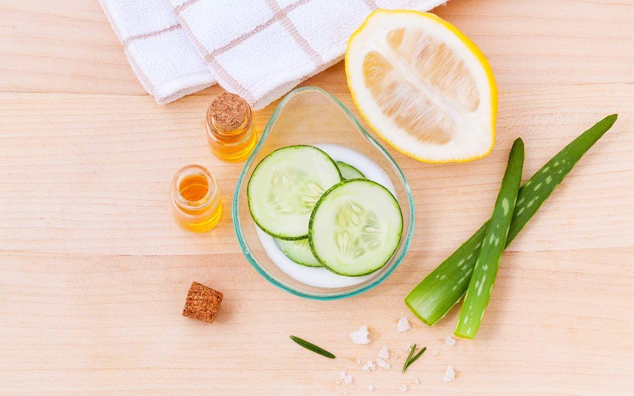 Limone, zenzero, aloe, miele, yogurt e molti altri ingredienti preziosi.