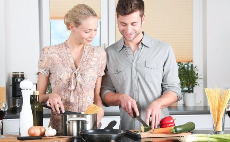 Spese e vita di coppia: come dividerle per smettere di litigare